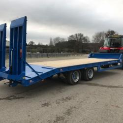 PF 19 Tonne Tractor Low Loader Plant Digger Bale Silage Trailer Call More Prices